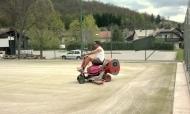 Obnova umetna trava, vakuumsko sesanje